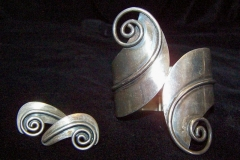 Taxco 980 Mexican Vintage Silver Bracelet and Earrings