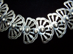 HUGE Victoria Vintage Mexican Silver #42 Necklace