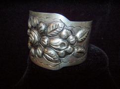 Maciel Big Vintage Mexican Silver Repousse Cuff