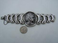 Mexico City Repousse Vintage Silver Cameo Bracelet