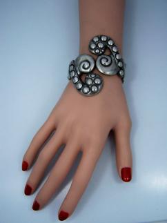 Los Castillo 154 Mexican Silver Clamper Bracelet Dots