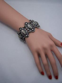 Vintage Mexican Silver Ribbed Heavy Bracelet