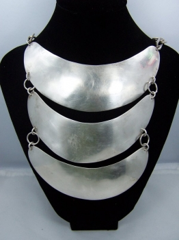 Vintage Mexican Israel South American Sterling Necklace