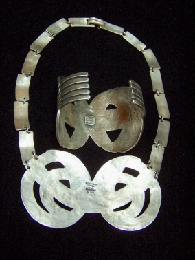 Los Castillo Vintage Mexican Silver 674 Bracelet / Cuff