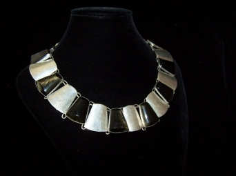 Fred Davis Design Old Mexican Silver Obsidian Necklace