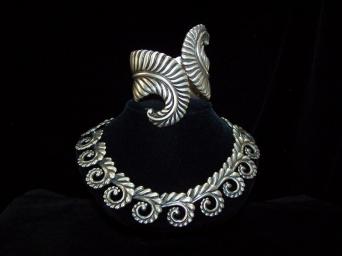 Los Castillo Mexican Vintage Silver Fern Clamper