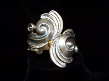 Vintage Mexican Silver Los Castillo Bracelet Clamper