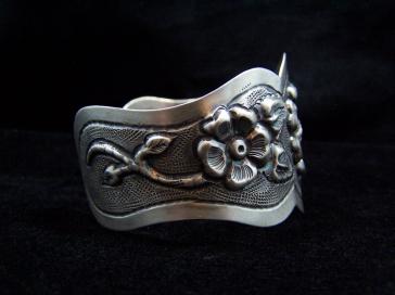 Mexico City Vintage Silver Repousse Floral Cuff