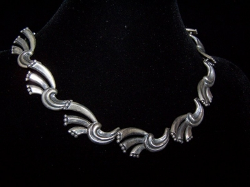 Vintage Mexican Silver Margot deTaxco Ribbons Necklace