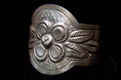 Vintage Mexican Silver Maciel Repousse Bracelet Cuff