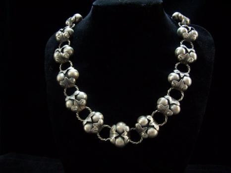 Artemio Navarrete Vintage Mexican Silver Necklace