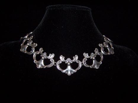 Margot de Taxco Design 5513 Vintage Silver Necklace