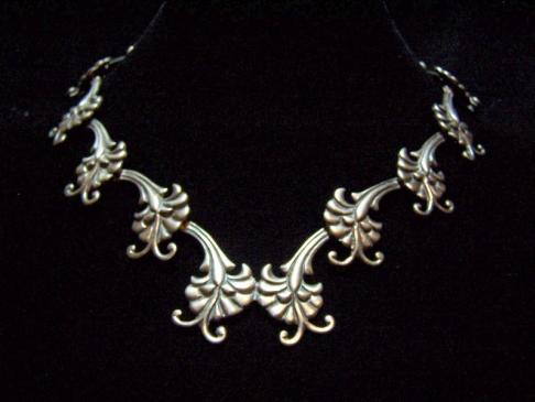 Beautiful Doris Vintage Mexican Silver Necklace