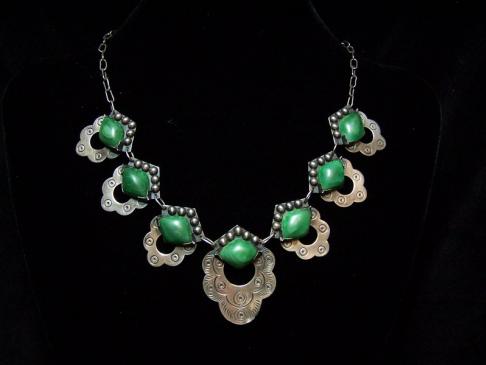 Vintage Mexican Silver Pre-48 Green Stone Necklace