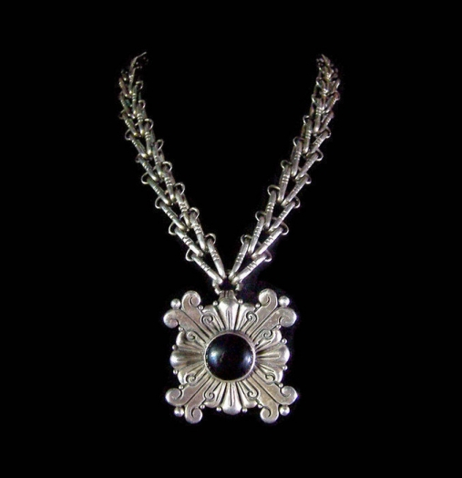 Hector Aguilar Vintage Mexican Silver Onyx Necklace Stunning