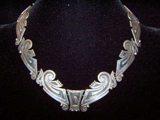 Exquisite Mexican Silver Vintage Necklace
