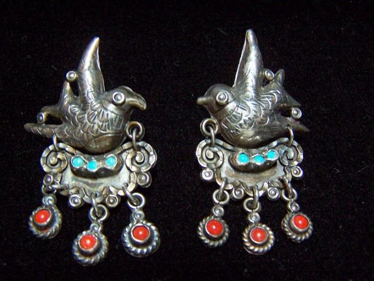 Wonderful Matl Design Vintage Mexican Silver Earrings